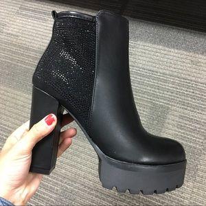 Black rhinestoned platform boot heel